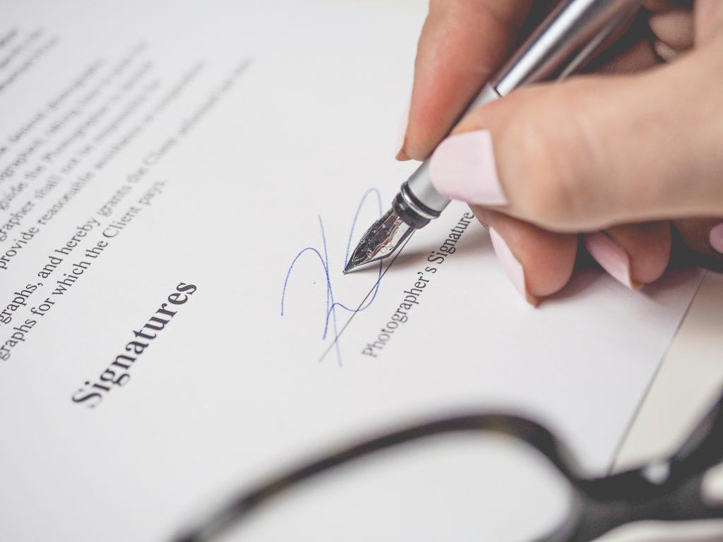 Shareholders agreement - Acord intre actionari